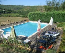 Ferienhaus in Lherm mit Pool, in Dordogne-Limousin.