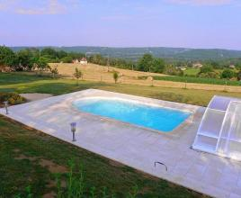 Holiday house in Montcléra with pool, in Dordogne-Limousin.