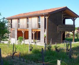 Casa vacanze in Sainte-Livrade-sur-Lot, in Aquitaine.