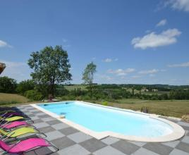 Holiday house in Paulhiac with pool, in Aquitaine.