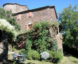 Ferienhaus in Saint-Germain-de-Calberte mit Pool, in Languedoc-Roussillon.