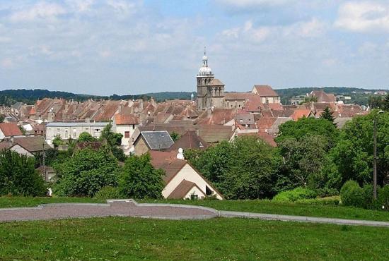 Vakantiehuis in Moux-en-Morvan, Bourgogne - Saulieu
