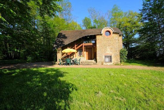 Vakantiehuis in Héry, Bourgogne -