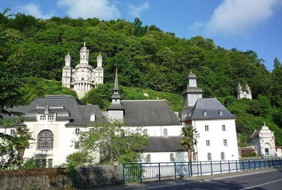Location de vacances en Lestelle-Bétharram, Aquitaine - Sanctuaire de Lestelle-Bétharam