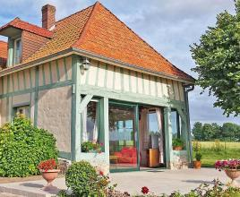 Holiday house in Saint-Maclou-de-Folleville, in Normandy.