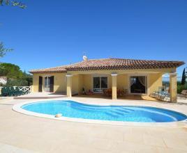 Vakantiehuis in Le Luc met zwembad, in Provence-Côte d'Azur.