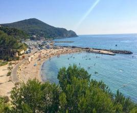 Vakantiehuis in Saint-Cyr-sur-Mer aan zee, in Provence-Côte d'Azur.