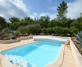Villa with pool in Provence-Côte d'Azur in Mons (France)