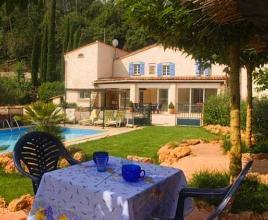 Vakantiehuis in Flassans-sur-Issole met zwembad, in Provence-Côte d'Azur.