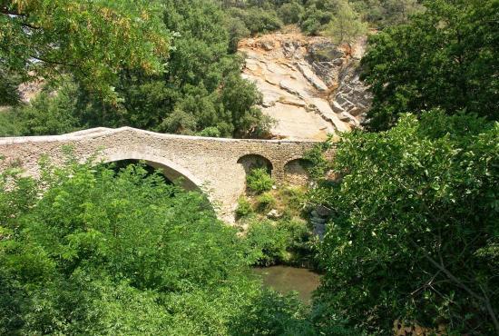 Ferienhaus in  Entrecasteaux, Provence-Côte d'Azur - Brücke un Fluss in 200M Entfernung