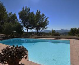 Holiday house in Solliès-Ville with pool, in Provence-Côte d'Azur.