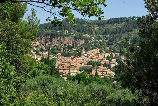 Location de vacances en Salernes, Provence-Côte d'Azur - Cotignac
