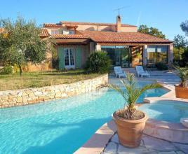 Vakantiehuis in Fox-Amphoux met zwembad, in Provence-Côte d'Azur.