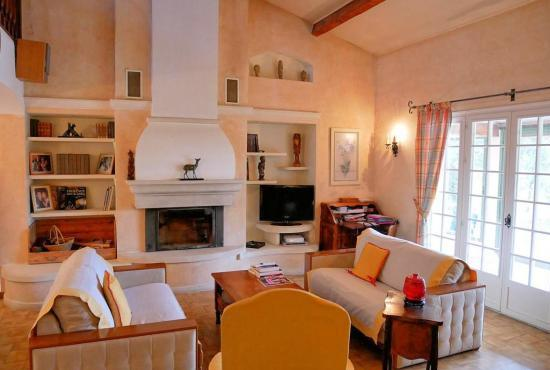 Holiday house in Fox-Amphoux, Provence-Côte d'Azur -