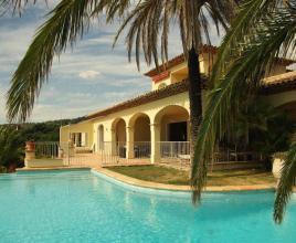 Vakantiehuis in Sainte-Maxime met zwembad, in Provence-Côte d'Azur.
