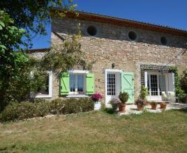 Vakantiehuis in Saint-Antonin-du-Var met zwembad, in Provence-Côte d'Azur.