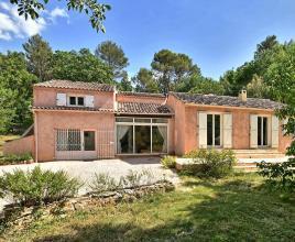 Vakantiehuis in Le Val met zwembad, in Provence-Côte d'Azur.