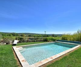 Casa vacanze con piscina in Fox-Amphoux, in Provence-Côte d'Azur.