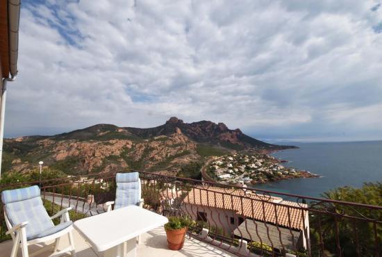 Location de vacances en Anthéor, Provence-Côte d'Azur -