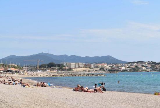 Vakantiehuis in Six-Fours-les-Plages, Provence-Côte d'Azur - Strand tussen Sanary sur Mer en Six Fours