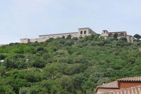 Vakantiehuis in Six-Fours-les-Plages, Provence-Côte d'Azur - Uitzicht op fort van Six Fours