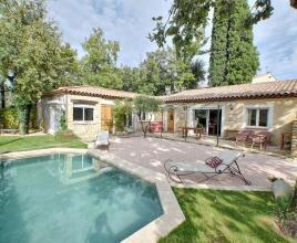 Holiday house in La Roquebrussanne with pool, in Provence-Côte d'Azur.