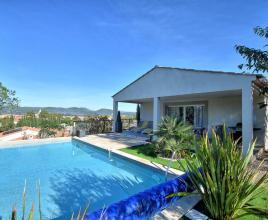 Holiday house in Brignoles with pool, in Provence-Côte d'Azur.