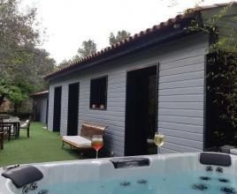 Vakantiehuis in Saint-Maximin-la-Sainte-Baume met zwembad, in Provence-Côte d'Azur.