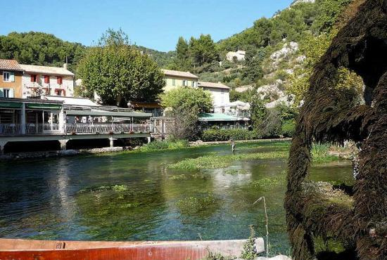 Holiday house in Robion, Provence-Côte d'Azur - Fontaine-de-Vaucluse
