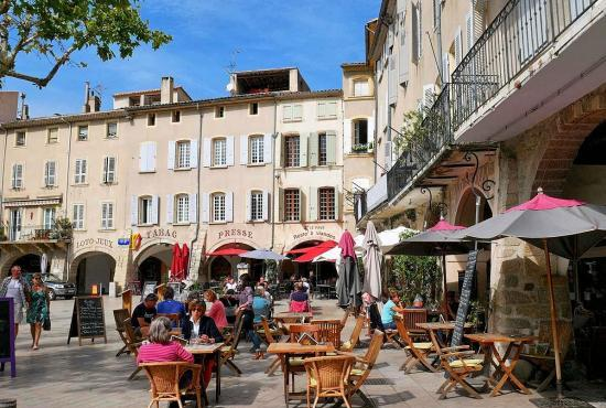 Vakantiehuis in Piolenc, Provence-Côte d'Azur - Nyons