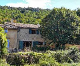 Casa vacanze in Saint-Jean-de-Sault, in Provence-Côte d'Azur.