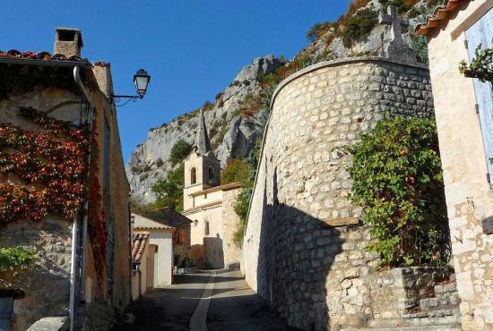 Vakantiehuis in Saint-Jean-de-Sault, Provence-Côte d'Azur - Monieux