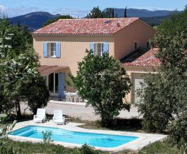 Holiday house in Saint-Pierre-de-Vassols with pool, in Provence-Côte d'Azur.