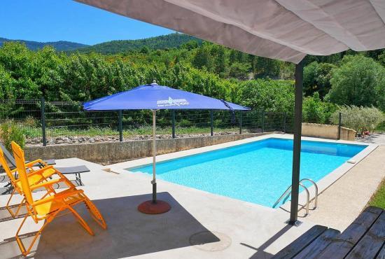 Vakantiehuis in Beaumont-du-Ventoux, Provence-Côte d'Azur -