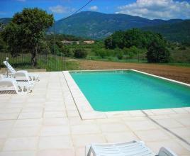 Vakantiehuis in Malaucène met zwembad, in Provence-Côte d'Azur.