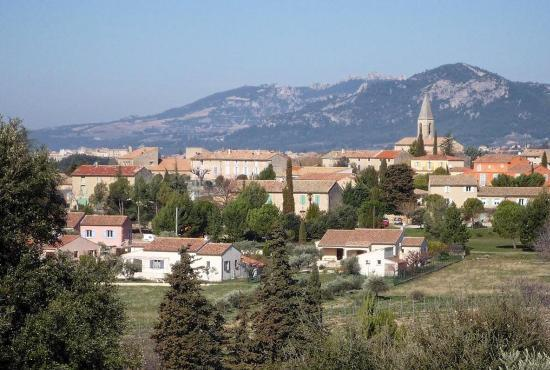 Location de vacances en Saint-Pierre-de-Vassols, Provence-Côte d'Azur - Saint-Pierre-de-Vassols