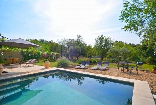 Location de vacances en Saint-Pierre-de-Vassols, Provence-Côte d'Azur -