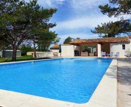 Vakantiehuis in Monteux met zwembad, in Provence-Côte d'Azur.