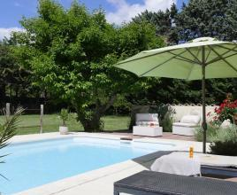 Holiday house in Le Thor with pool, in Provence-Côte d'Azur.