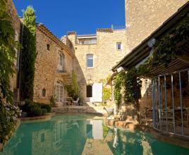 Vakantiehuis in Goult met zwembad, in Provence-Côte d'Azur.