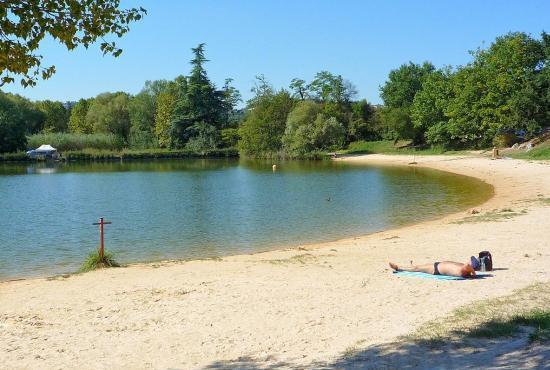 Location de vacances en Mont-Ventoux, Provence-Côte d'Azur - Lac de Mormoiron
