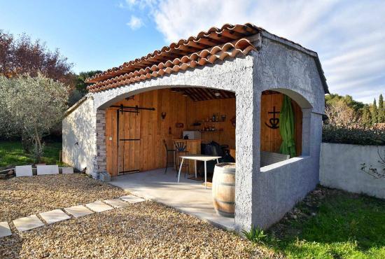 Vakantiehuis in Châteauneuf-de-Gadagne, Provence-Côte d'Azur -
