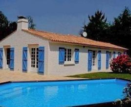 Holiday house in Notre-Dame-de-Riez with pool, in Pays de la Loire.