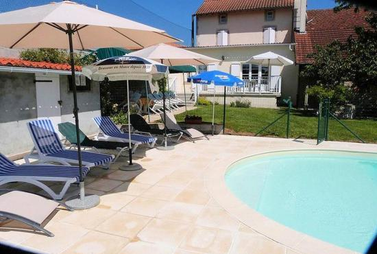 Location de vacances en Saint-Mathieu, Dordogne-Limousin -