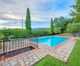 Holiday house in Cortona with pool, in Tuscany.