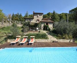 Casa vacanze con piscina in Arezzo, in Toscana.