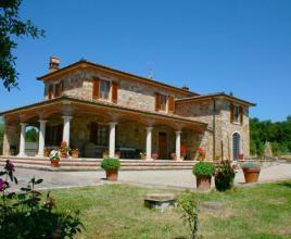 Holiday house in Lucignano with pool, in Tuscany.