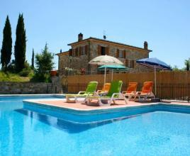 Holiday house in Lucignano with pool, in Tuscany