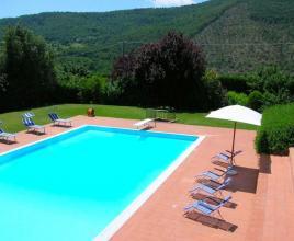 Casa vacanze con piscina in Subbiano, in Toscana.