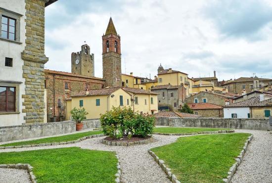 Vakantiehuis in San Giustino Valdarno, Toscane - Monte Savino